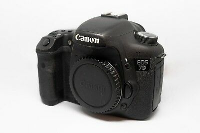 Canon EOS 7D 18.0MP Digital SLR Camera (Body only)