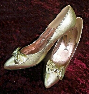 SHOES Gold Genuine LEATHER Court Bow 1980s Vintage Jane Debster Sz 7 Metallic