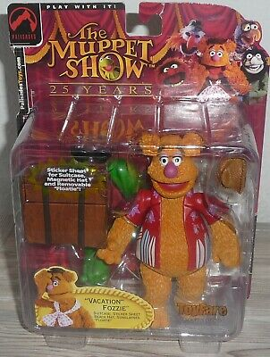 Vacation Fozzie ToyFare Exclusive  Figure Palisades The Muppet Show 25 Years