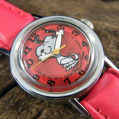 Ladies vintage TIMEX Peanuts Snoopy watch, GWO, retro mechanical, collectable.