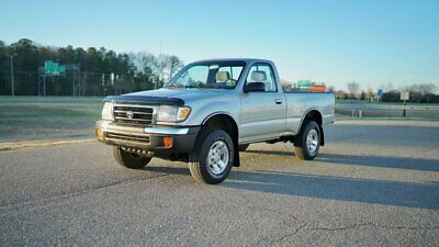 2000 Toyota Tacoma Reg Cab PreRunner Auto TOYOTA TACOMA PRERUNNER / PRISTINE / RUST FREE / MUST SEE / SEE VIDEO & 150 PICS