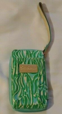 Lilly Pulitzer Wristled Mult-color Organizer Cell Phone ID Credit Card Wallet