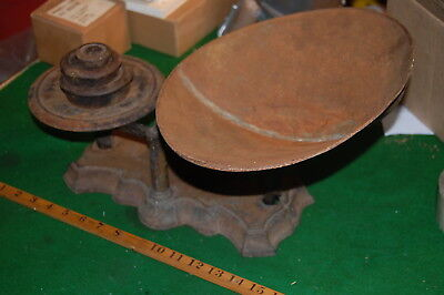 Vintage Cresson Co. Cast Iron Balance Scale Dish  Weights