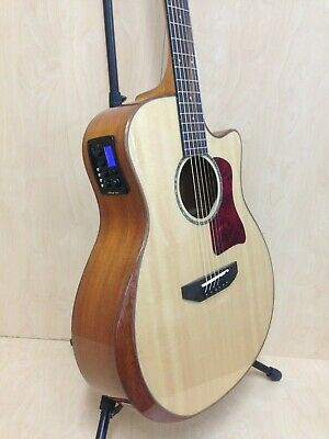 Caraya A-2016 Solid Sitka Top Electric-Acoustic Guitar w/ Beveled Armrest +Bag