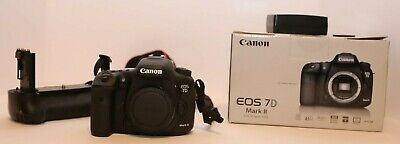 Canon EOS 7D Mark II 20.2MP Digital SLR Camera - Black (Body Only) (with Wi-Fi)