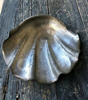 Italian Vintage Ornamental Handcrafted Footed Peltro Pewter Conch Shell Nautical