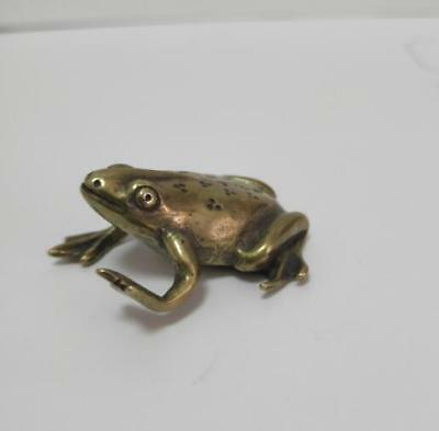 China Exquisite brass frog small statue 3.5*4cm