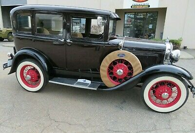 1931 Ford Model A Deluxe 1931 Ford Model A Briggs Body Dual Side Mount Deluxe Sedan