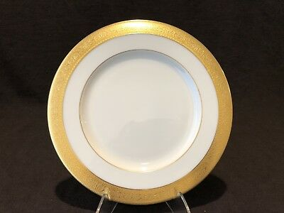 """Lenox Westchester Luncheon Plate 9 1/4"""" D Gold Encrusted M-139 CHIP AS IS"""