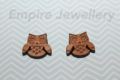 2 x Cute Owl Wooden Laser Cut Flatback Cabochon 14x16mm Bird Night
