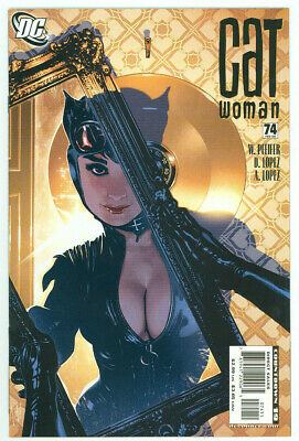 Catwoman #74 Adam Hughes Cover DC Comics 2007 NM- Free Shipping