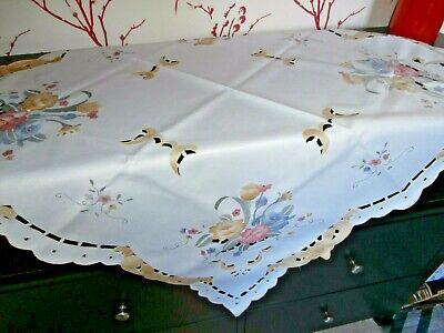 """VINTAGE STYLE WHITE POLYESTER TABLECLOTH with FLORAL EMBROIDERY ~ 34"""" square"""
