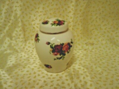 Royal Albert 'Old Country Roses' Lidded Ginger Jar Marked 1962