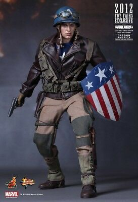Hot toys MMS180 the First Avenger Captain America Rescue 1/6 Action Figure Nuova