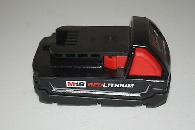 New Genuine Milwaukee M18 18-V Lithium-Ion Compact Battery Pack 1.5Ah 48-11-1815