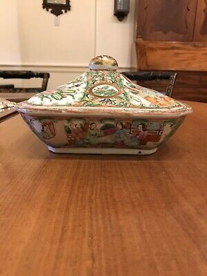 19th Century Chinese Rose Medallion Covered Serving Dish