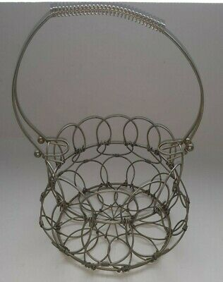 VINTAGE WIRE FOLDING, COLLAPSIBLE CHICKEN EGG BASKET FOLDING W/ handle RARE!!