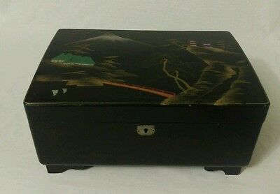Vintage Jewelry Box Laquer Chinese Music Box