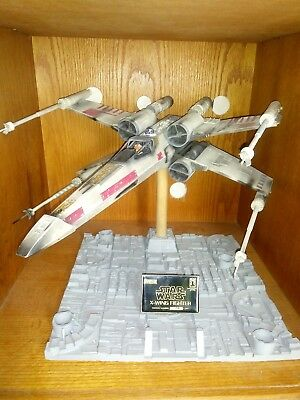 STAR WARS ICONS X-Wing Fighter RED 5 Prop w/12 In-Person Authentic Autographs