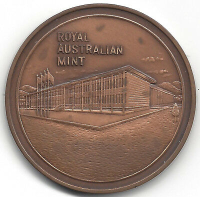R.A.M. Royal Australian Mint Canberra Coin Collector Bronze 40 mm Medal