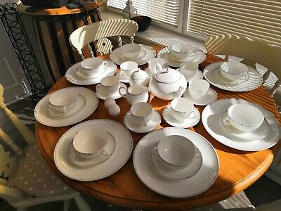 Wedgewood astor by habitat dinner service