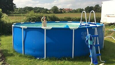 Bestway 15' round swimming pool, complete with solar heaters, ladder and cover