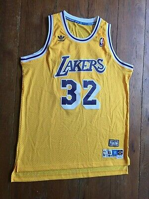 3a53337e3e5 Adidas Magic Johnson  32 LA Lakers NBA HWC Classic Gold stitched Jersey XL  EUC