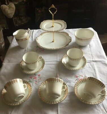 Lovely Vintage Windsor Bone China Tea Set & Cake Stand