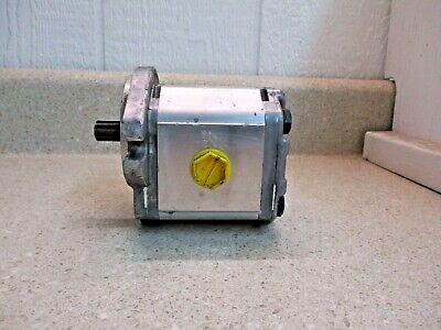 Bosch 111.20.132.00 Hydraulic Gear Pump, #313346G New