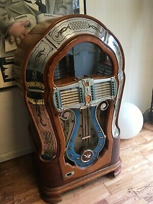 Wurlitzer 1080 Jukebox (Mae West) 78 Player