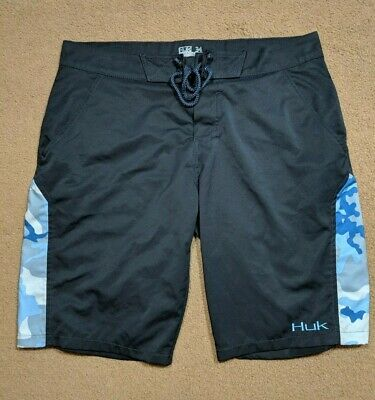 f450a1404fe4 HUK Men s Shorts Navy Blue Camo Men s Board Size 34 Performance Fabrics