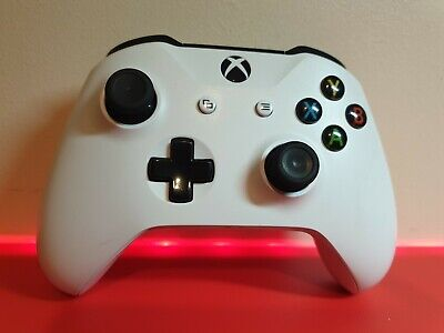 Official Genuine White Microsoft Xbox One Wireless Controller 3.5mm Jack
