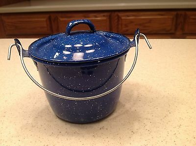 "Vintage Enamelware/ Graniteware 5"" Pot with Lid Wire Handle Blue & White Speckle"