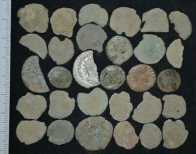 Collection of 30 Ancient Roman Bronze coins. Roman Imperial, c 235-476 Ad Lot 30