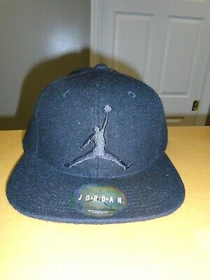 4e8120fe Boys Youth Nike Air Jordan Jumpman Winter Hat Cap Black 8-20 NWT.