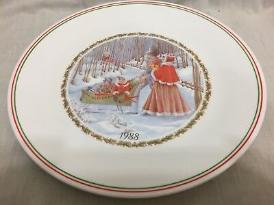 """Vtg Corelle 1988 Christmas Limited Edition Collector Series 10 1/4"""" Dinner Plate"""