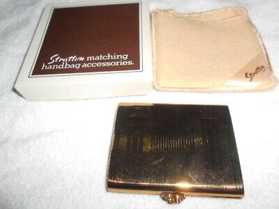 Vintage STRATTON Pro Pat POWDER COMPACT gold brass tone rectangle felt pouch&box