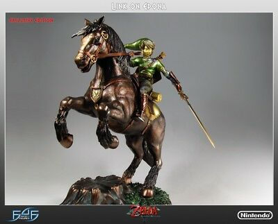 Link on Epona Exclusive 419 of 500 First 4 Figures Zelda Twilight Princess