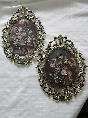 1 Pair of  floral paintings in gilded oval frames, convex glass/ EUC/POST-1940