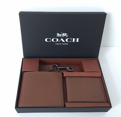 fb12a64831c74 NEW COACH  225 Men s Leather Wallet   Key Fob Boxed Gift Set Dark Saddle  F64118