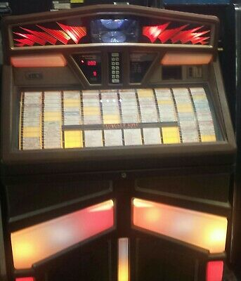 ROWE AMI R-92 Jukebox for 100 45s with 6 CD Player