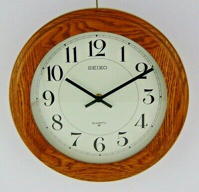 "Vintage Seiko Wall Clock Round Circle Oak Wood Quartz 11.5"" Diameter"