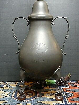Fine And Early 18th Century English Georgian Pewter 2 Handled Urn Hennessy Crest