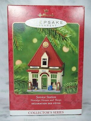 Hallmark 2001 Nostalgic Houses & Shops 18th Service Station Ornament