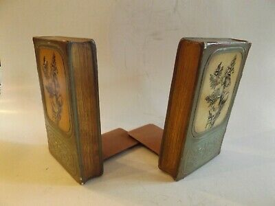 A super pair of vintage (circa 1920-30) Italian Florentine bookends with a Borgh