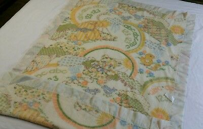 VTG Crib Nursery Baby Blanket Satin Trim Yellow Spring Theme 35 x 49 USA