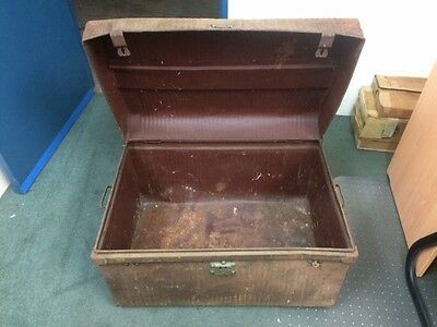 Vintage Metal Suit Case In Good Condition - Pick Up Only