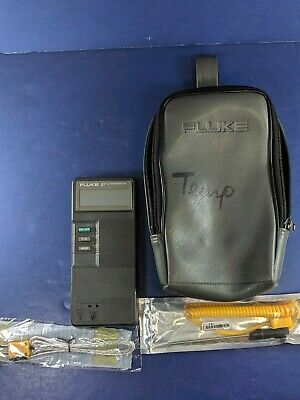Fluke 51 K/J Thermometer, Good Condition, Gray Case