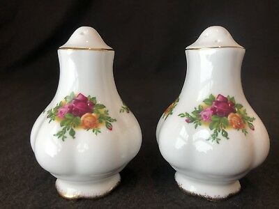 Royal Albert Old Country Roses Salt and Pepper Shakers Pots Pair Small England