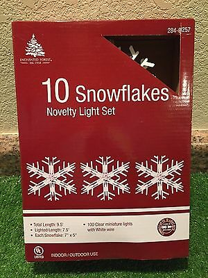 New Set Of Ten Lighted Large Snowflake Novelty Lights White with Clear Bulbs